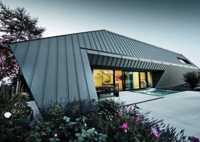 Villa-privata-a-Weiden---Prefalz-grigio-chiaro-P-(1)